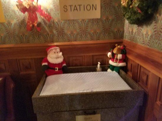 แบรนสัน, มิสซูรี่: Men's Rest room