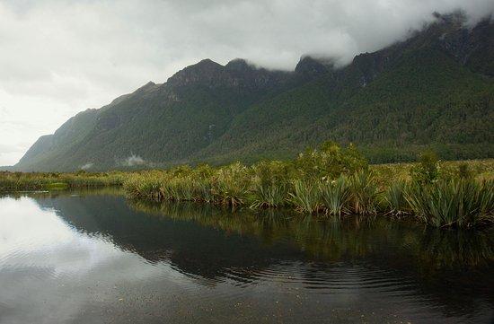 Fiordland National Park, Selandia Baru: mirror lakes