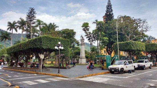 Castillo Park