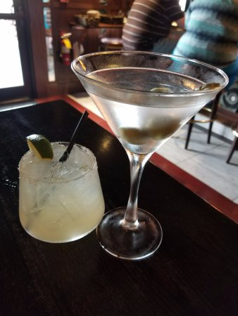 Market Grille: Dirty Martini and Margarita