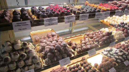 Grange-over-Sands, UK : Handmade truffles and creams freshly made daily at Choco-Lori