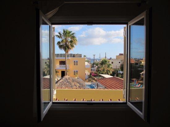 Raisakis Apartments Picture