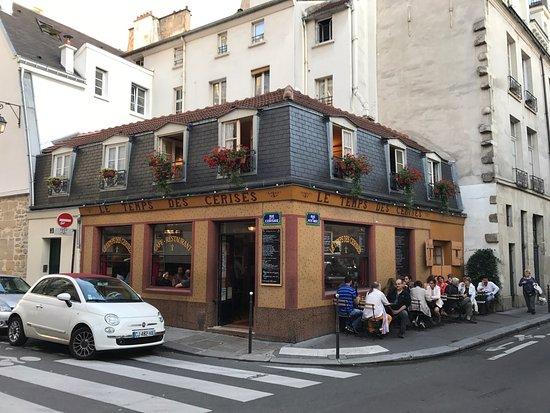 Le Temps Des Cerises Restaurant