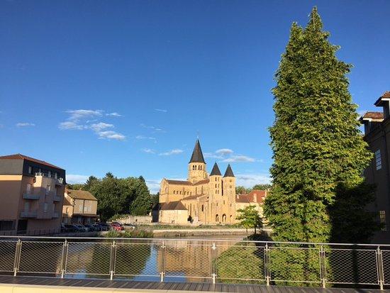 Chateau de martigny poisson france voir les tarifs et - Paray le monial chambre d hote ...