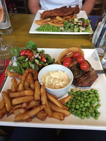 Maentwrog, UK : Steak and Chips