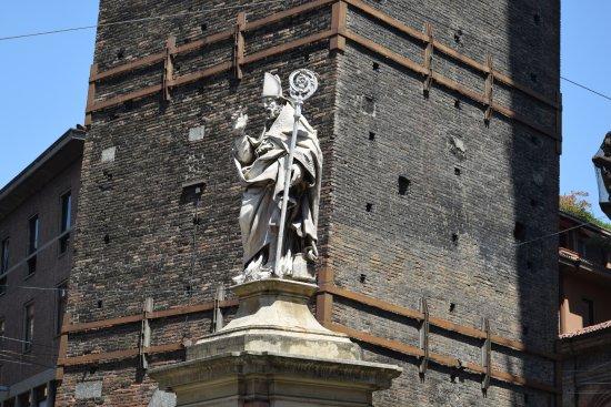 Statua di San Petronio