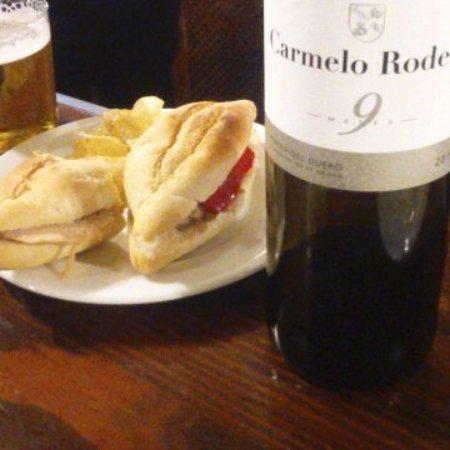 Los Palacios y Villafranca, Spain: Buen vino