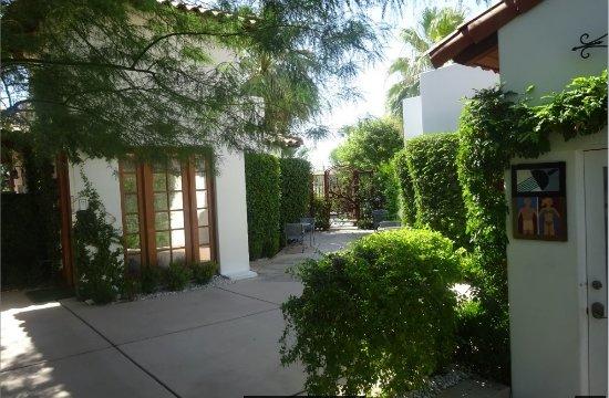 Alcazar Palm Springs Photo