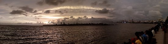 Nariman Point : The Sea at its best