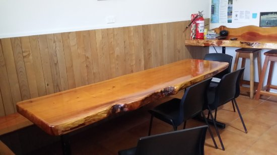 Murchison, New Zealand: Dining Table
