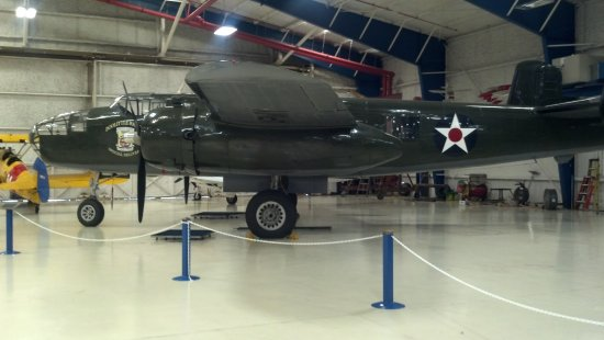 Lone Star Flight Museum: B-25