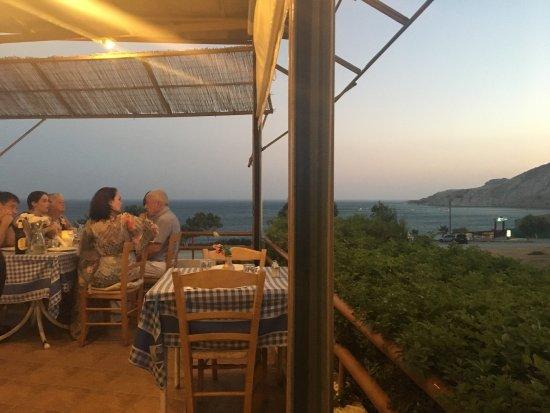 The Yialos Tavern : photo5.jpg