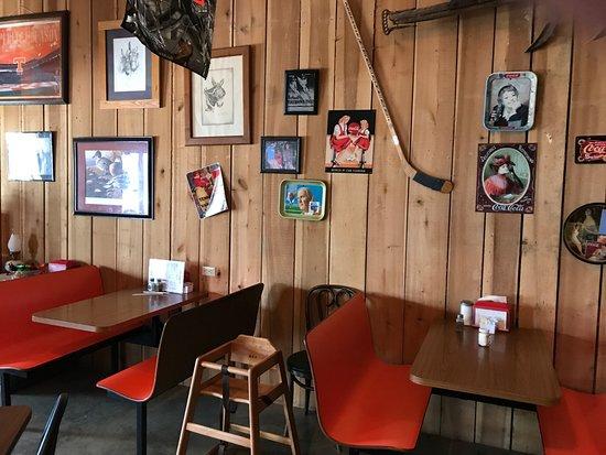Portland, TN: Bottom View Farm has a restaurant