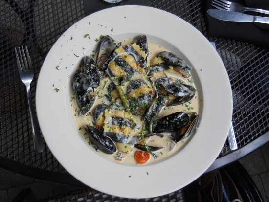 Quincy, MA: lobster ravioli with mussels