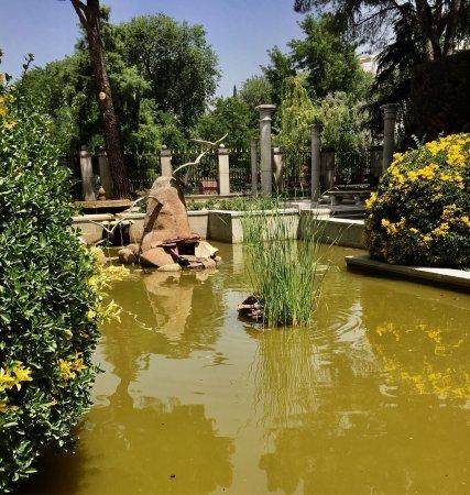 Pabellon de los jardines de cecilio rodriguez madrid for Jardines cecilio rodriguez