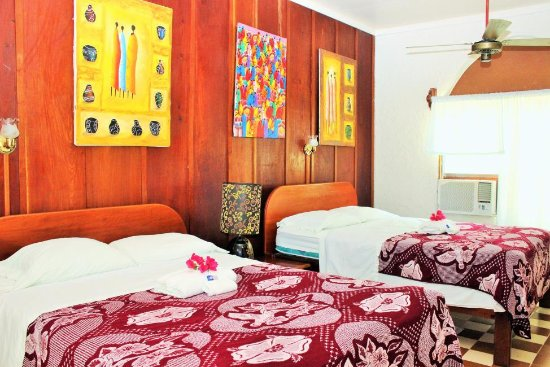The Orange Guesthouse: Room 2