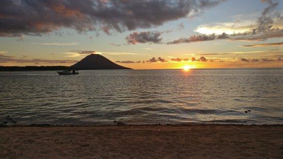 Siladen Island, Indonesia: IMG_20170623_174845_large.jpg