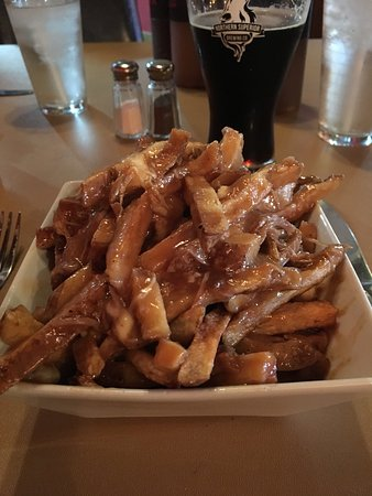 Sault St. Marie, Canada: A small Poutine with BBQ beef