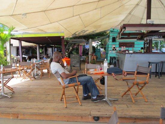 Dodgy Dock Restaurant and Lounge Bar: Restaurant & Bar View
