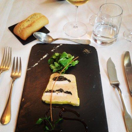 La Chapelle-Saint-Mesmin, Prancis: Foie gras et trompettes de la mort