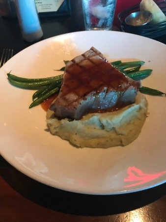 Baxter's Lakeside Grille: photo0.jpg