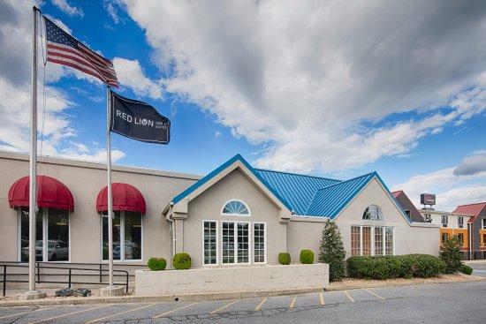Red Lion Inn & Suites- Chambersburg