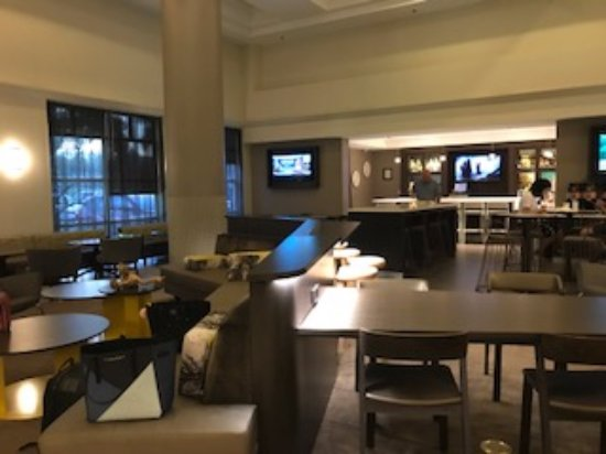 SpringHill Suites Miami Airport South: COMEDOR