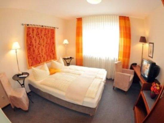 Flair Hotel zum Storchen: Comfort Room