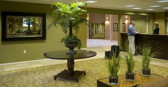 Tualatin, Oregón: Century Lobby