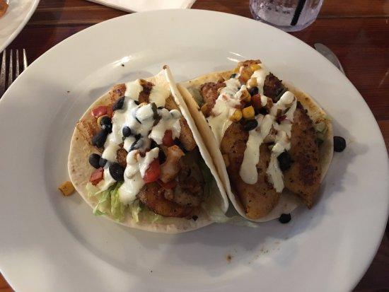 Thunderbolt, GA: Fish Tacos