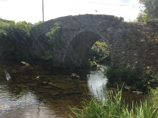Exmoor National Park, UK: Ancient bridge in Exmoor