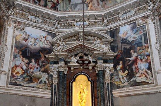 Basilica di San Fedele: Chiesa San Fedele. Interno