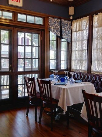 The Blue Rose Inn & Restaurant: Breakfast view