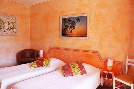 Hotel athenopolis grimaud frankrike omd men och for La chambre mandarine