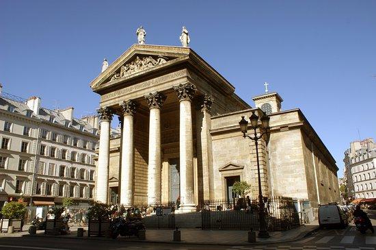 Rue des Martyrs Photo