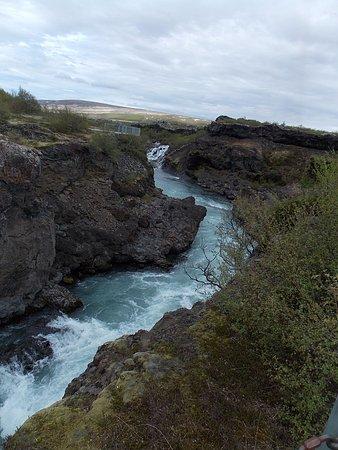 Husafell, Islandia: A CORRENTEZA DO RIO HVITÁ