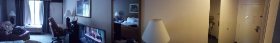 Clarion Inn & Suites and Conference Center: 20170521_175907_large.jpg