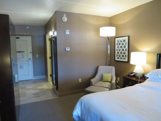 Sheraton Tarrytown Hotel: inside room