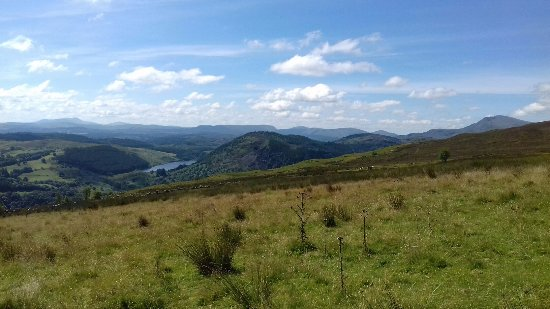Betws-y-Coed, UK: Views to the south