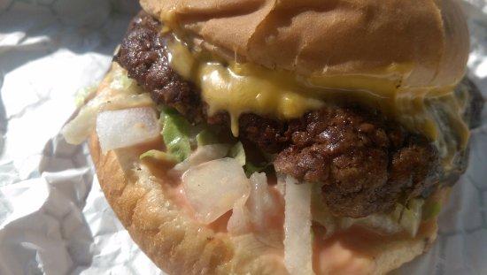 Independence, MO: Junior HiBoy Burger