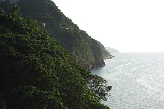 Itoigawa, Japón: 天険断崖黎明から見た親不知