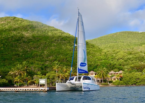 Spanish Town, Virgin Gorda: Tropical Day Sails at Leverick Bay, Virgin Gorda, BVI