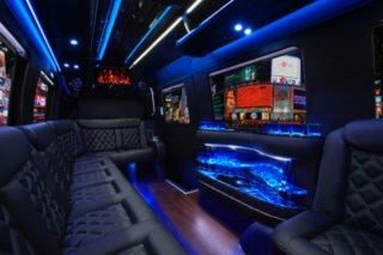 Frisco Limo: Inside Of The Mercedes Tour Bus