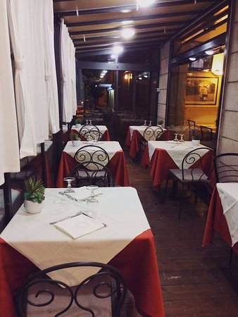 Sassoferrato, Italien: Immagine esterna del ristorante.
