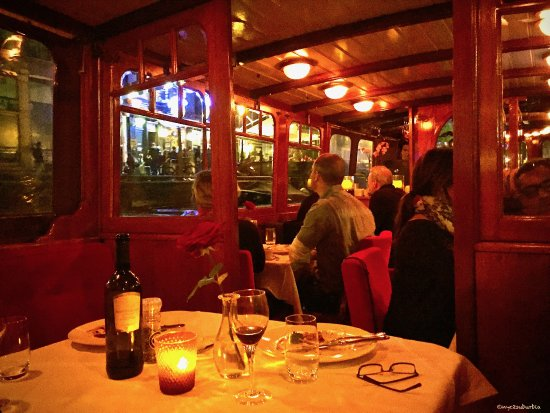 Amsterdam Jewel Cruises - Dinner Cruise: Moonlight cruise on the canal...