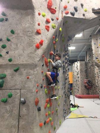 นิวเบอรีพอร์ต, แมสซาชูเซตส์: Climbing