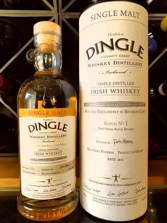 Dingle Whiskey Distillery: Dingle Single Malt Irish Whiskey