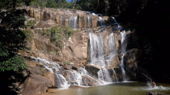 Sungai Pandan Waterfall: Cooling Waterfall