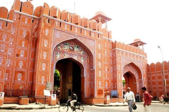 Privat 2-dages tur til Jaipur og Agra...