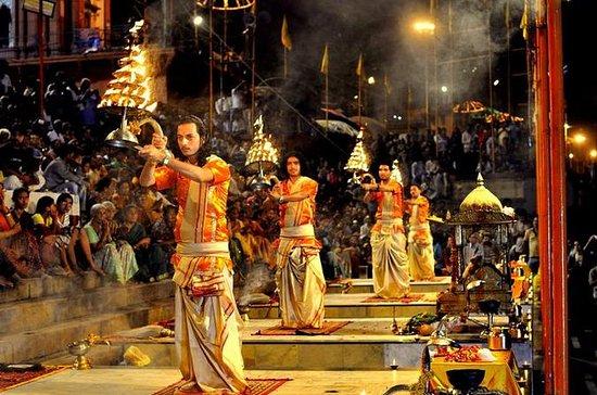 Varanasi und Taj Mahal Tour von...
